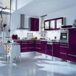 Mürdüm rengi mutfak dekorasyonu