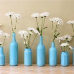 akrilik boya ile boyanmış vazolar