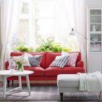 kırmızı koltuklar beyaz perde