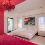 kirmizi beyaz yatak odası dekorasyonu