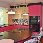 Fuşya mutfak dekorasyonu