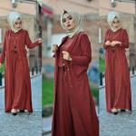 kiremit rengi detayları olan uzun elbise modeli