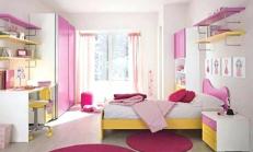 Pembe Beyaz Çocuk Odası